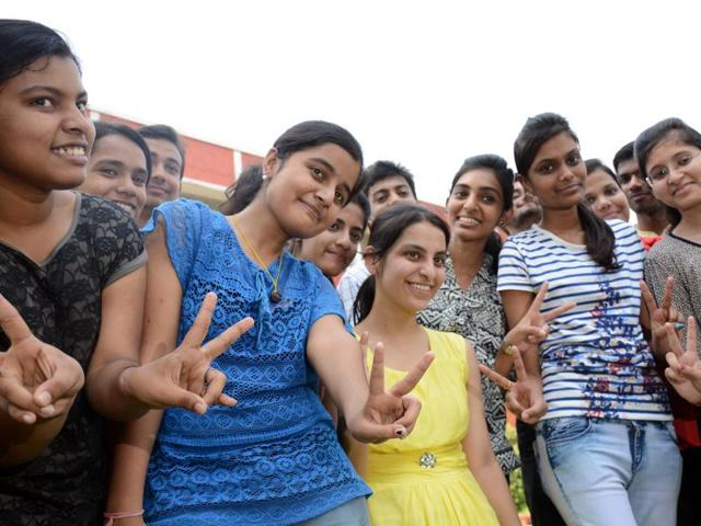 CBSE BOARD CLASS 12th RESULTS 2017
